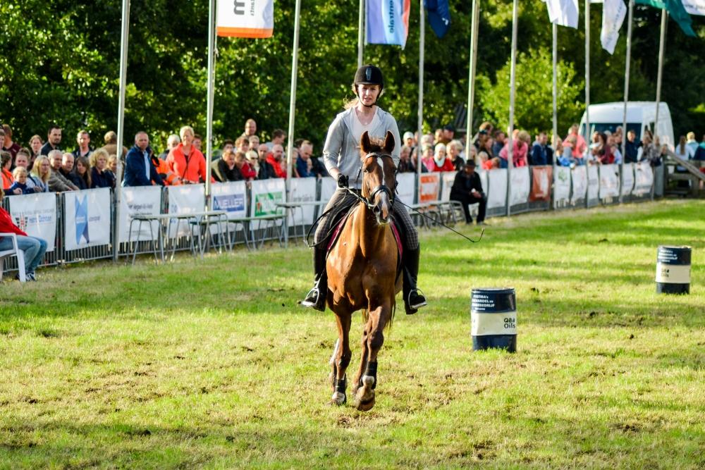 barrelrace_paarden-24