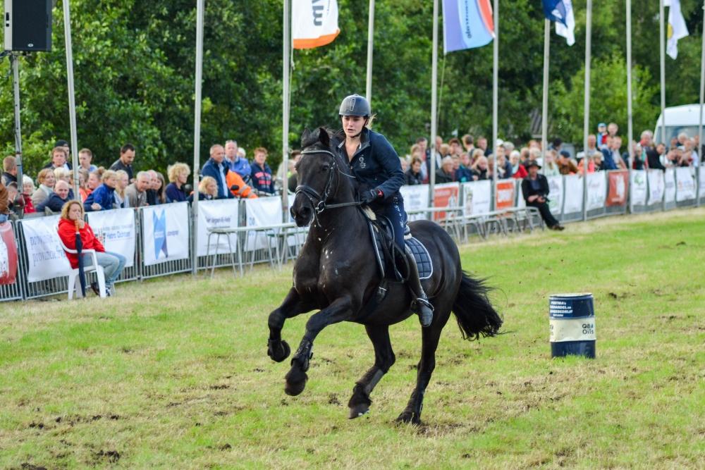 16-barrelrace_paarden-6