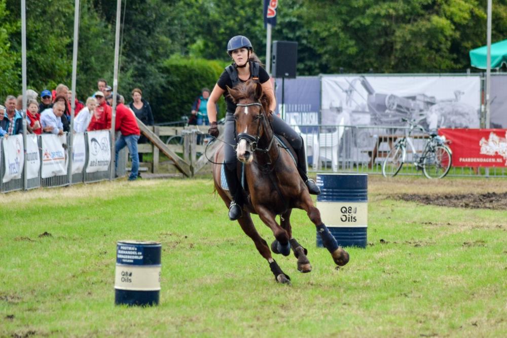16-barrelrace_paarden-7